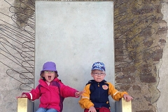 Borgholms slottsruin - barnen på tronen
