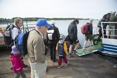 Här trodde vi fortfarande att vi skulle få komma ut till ön - och vi var ju nästan framme när vi blev tvungna att vända...